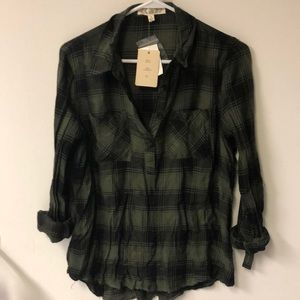 Pink rose green black plaid long sleeve